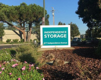 Independence Storage sign in Mountain View